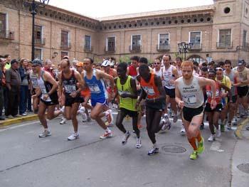 Salida en Morata de Jalón de la IV Media Maratón Comarca de Valdejalon